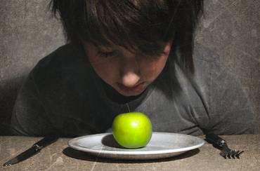 Βοηθήστε το παιδί σας να βγει από την διατροφική διαταραχή