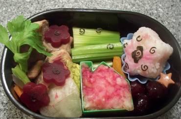 Πώς μπορώ να πείσω το παιδί μου να καταναλώσει ένα «δύσκολο» τρόφιμο;