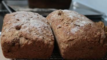 Ψωμί με αλεύρι από χαρούπι